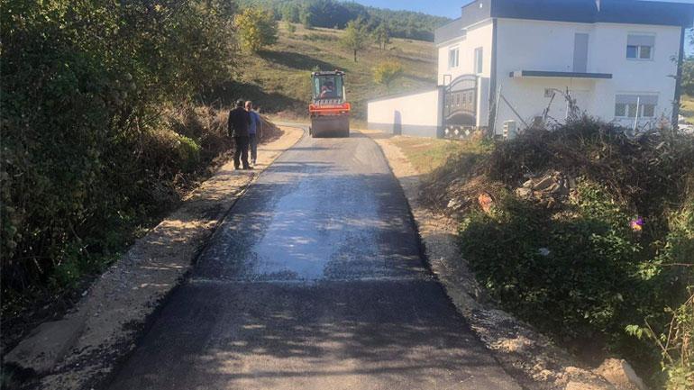 U asfaltua rruga e varrezave në fshatin Remnik