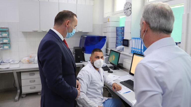 Zemaj: Do të shtohet numri i testeve brenda 24 orëve