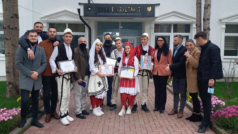 """AKV """"Kemajl Azizi"""" përfaqësoi Kosovën në Festivalin International """"Online Dance Competition"""""""