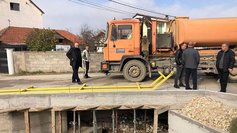 Filluan punimet në zgjerimin dhe asfaltimin e rrugës alternative në Smirë