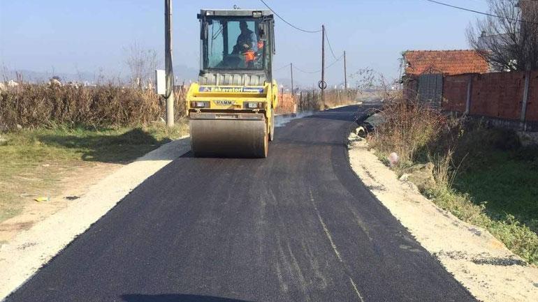 Në Pozheran asfaltohet rruga që lidhë mes veti tri lagje