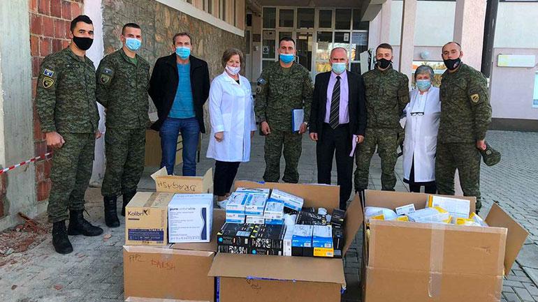 Forca e Sigurisë së Kosovës ndihmon komunat tona në përballje me pandeminë Covid-19