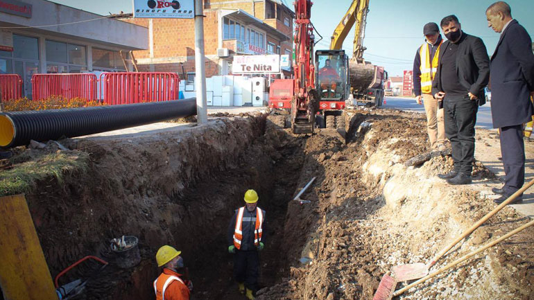 Haziri i kënaqur me intensitetin e punimeve në ndërtimin e rrugës katër korsi Gjilan-Prishtinë