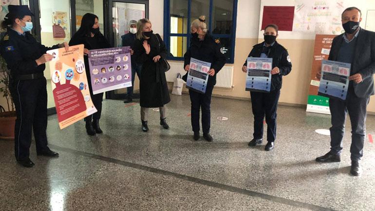 Policia me fushatë sensibilizuese për zbatimin e masave kundër pandemisë