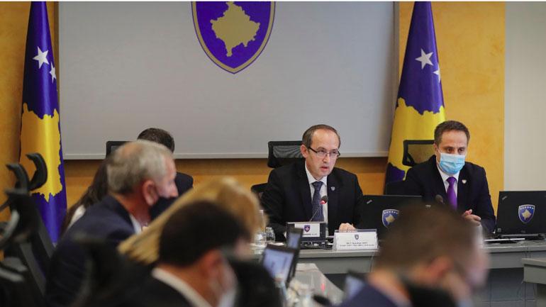 Qeveria diskutoi për situatën aktuale politike në vend