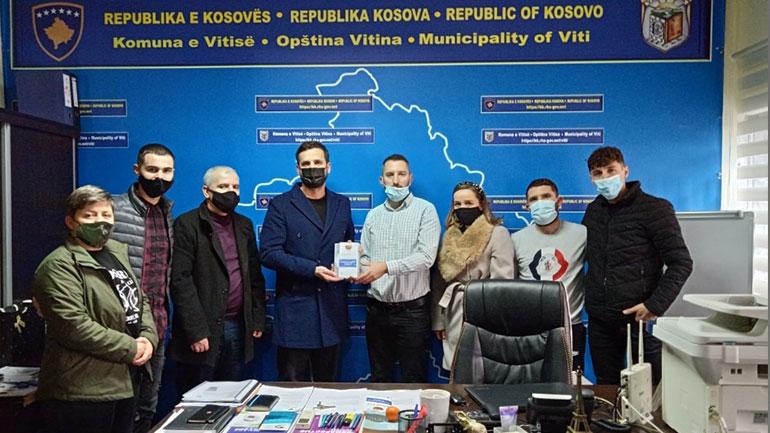 Ia dorëzojnë komunës dokumentarin dhe broshurën informative lidhur me trashëgiminë kulturore artistike në Anamoravë