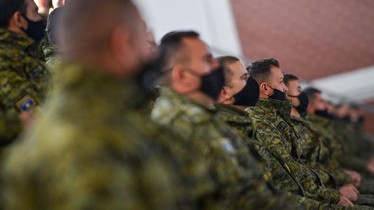 Kryeministri Hoti ka uruar qytetarët me rastin e dyvjetorit të themelimit të Ushtrisë së Kosovës