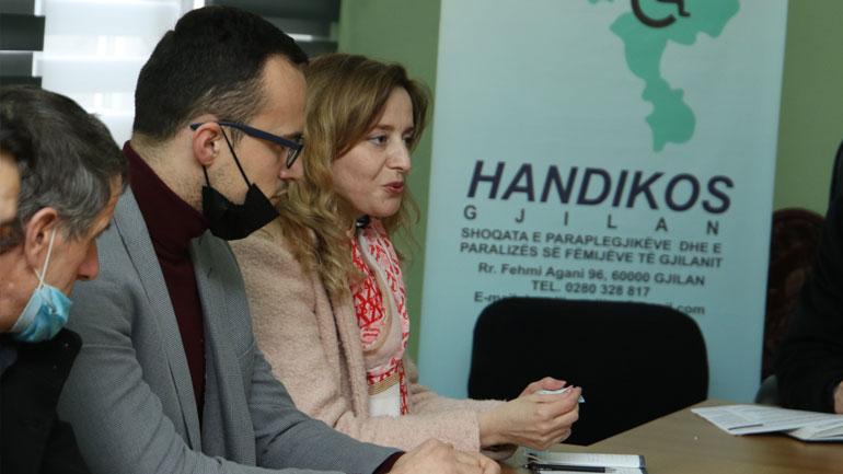 """Vetëvendosje: Shoqata """"Handikos"""" dëshiron qasje të barabartë dhe ndalje të diskriminimit"""