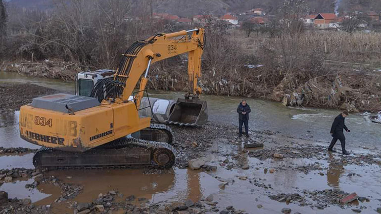 FSK-ja ia dhuron në shfrytëzim një urë montazh, Komunës së Kamenicës, për zgjidhjen e problemit në Hajnoc