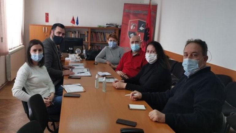 """KKSH dhe Shoqata """"Mjekët e Luginës"""" përpjekje për realizimin e iniciativës për spital të Luginës"""