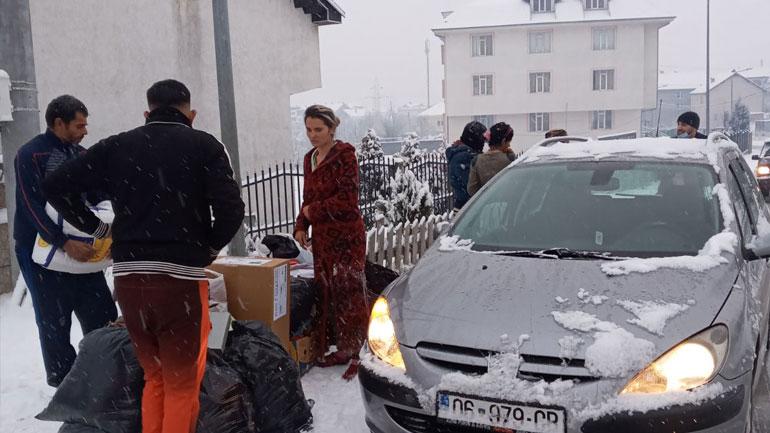 """SHHB """"Bereqeti"""" ndihmon familjet rome"""