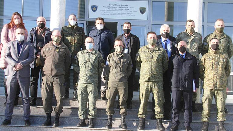 """Në FSK mbahet punëtoria përgatitore për ushtrimin """"Shpata e Argjendtë"""""""