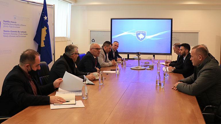 Ministri Nitaj takoi menaxhmentin dhe Bordin e Trepçës