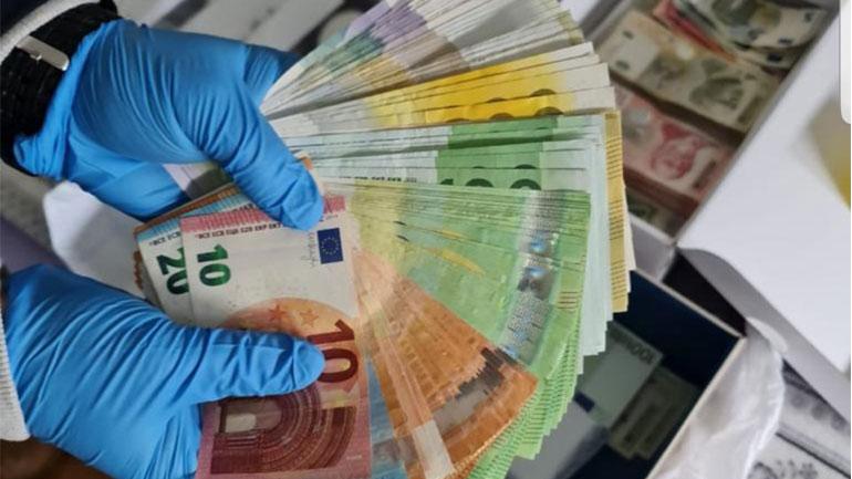 Policia e Kosovës konfiskon para që dyshohet se janë fituar në mënyrë të kundërligjshme (FOTO)