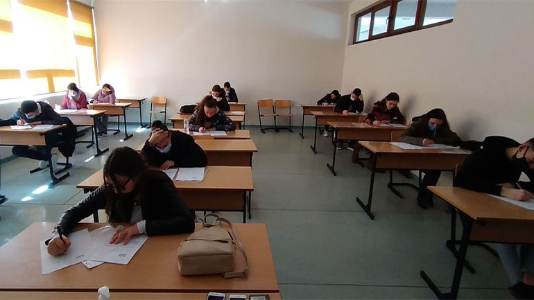 U mbajt Olimpiada e XIII Matematike e Kosovës – OMK  2021
