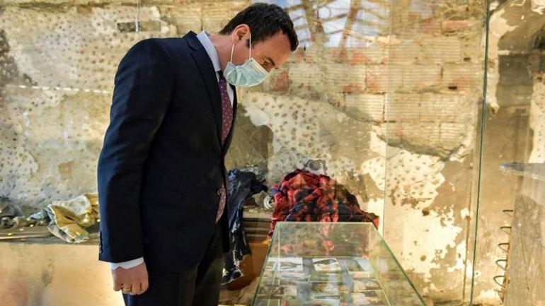 Kryeministri Kurti: Masakrat në Kosovë janë e vërteta e Serbisë dhe e kaluara jonë e cila nuk kalon