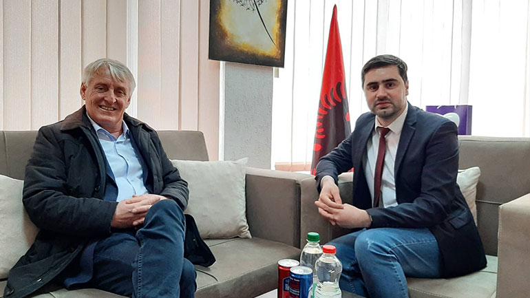 Kadriu pret në takim Mustafën, diskutuan për gjendjen e shqiptarëve në Luginë