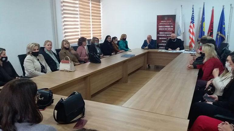 Organizohet pritje për zyrtaret komunale e udhëheqëset e institucioneve me rastin e 8 Marsit