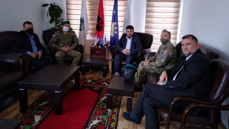 Komandanti i LMT-së, Mustafa Goce vizitoi Këshillin e Bashkësisë Islame në Gjilan