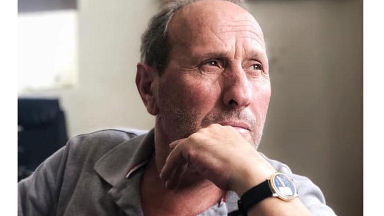 Lutfi Haziri ngushëllon familjen Haziri me rastin e ndarjes nga jeta të organizatorit të Teatrit të Gjilanit, Raif Haziri