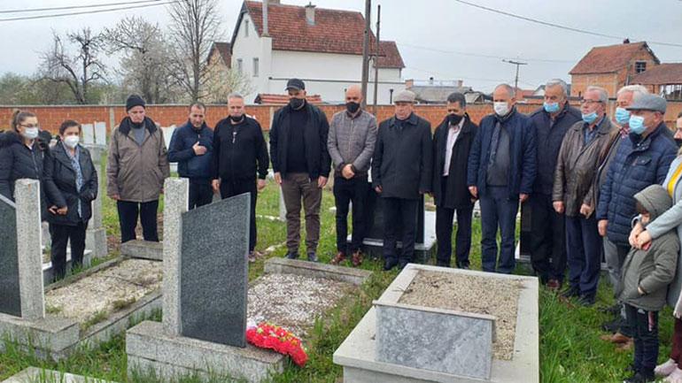 Përkujtohet në Smirë ish-deputeti Hysni Salihu