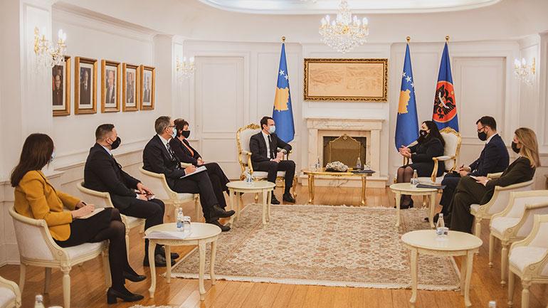 Presidentja takoi kryeministrin dhe anëtarët e qeverisë në takimin e parë koordinues ndërinstitucional për politikë të jashtme dhe mbrojtje