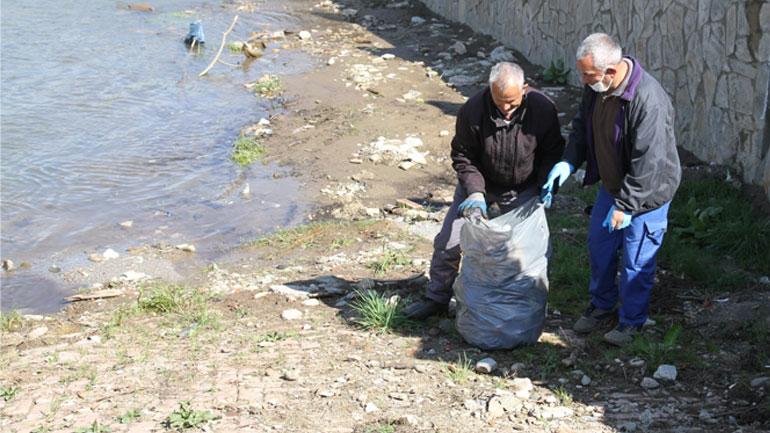 Vazhdon aksioni i pastrimit në qytetin e Vitisë