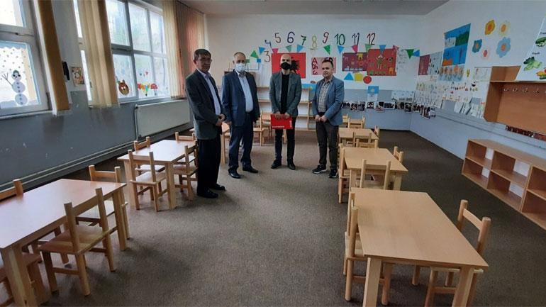 Komuna e Vitisë dhe Caritasi Zviceran rinovuan tri klasa parashkollore dhe furnizuan ato me mjete të nevojshme
