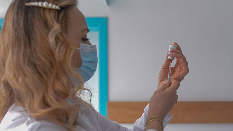 Kamenicë: Nesër fillon vaksinimi i personave të moshës 75-79 vjeç