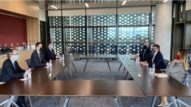 Abdixhiku e njofton Palmerin me qëndrimet e LDK-së për dialogun