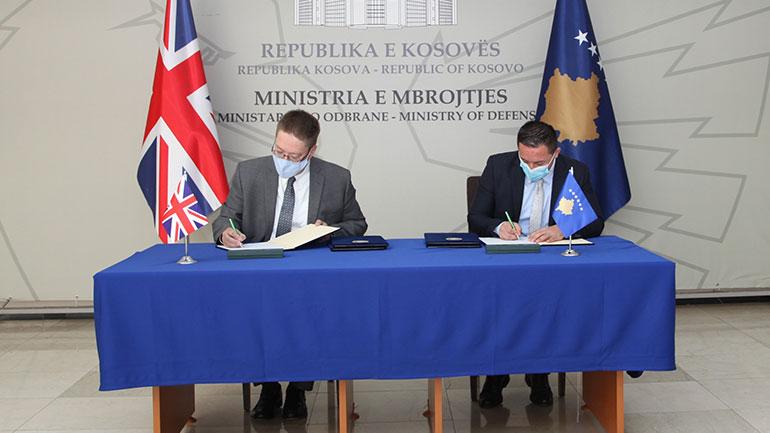 U nënshkrua Memorandumi i  Mirëkuptimit ndërmjet Ministrisë së Mbrojtjes dhe Qeverisë së Mbretërisë së Bashkuar