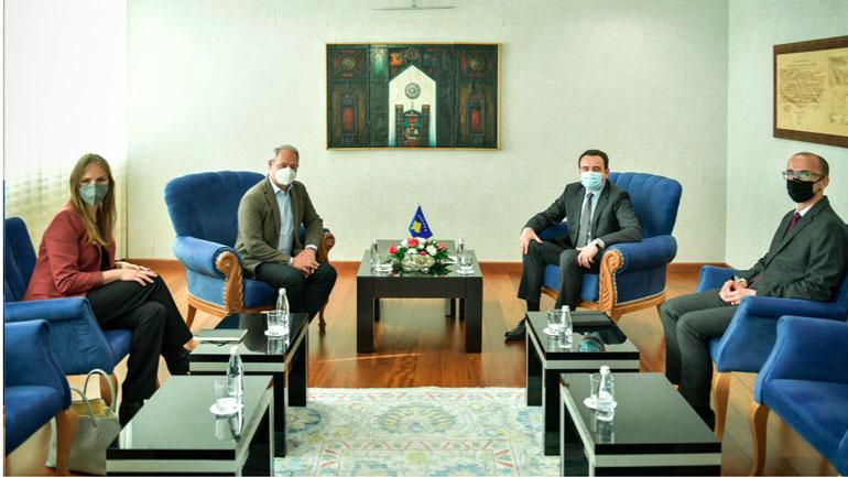 Kryeministri Kurti priti në takim deputetin e Parlamentit Evropian, Andreas Schieder
