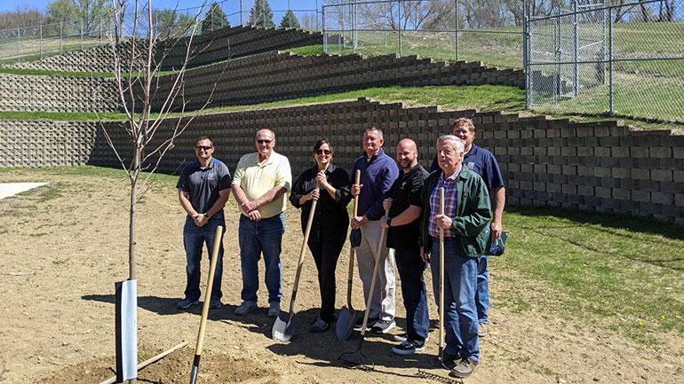 Sioux City në ShBA mbolli një pemë dhe ia kushtoi Gjilanit për fuqizimin e partneritetit