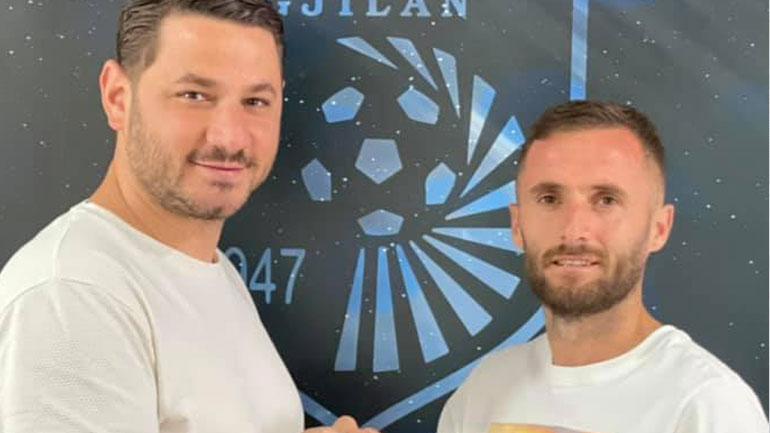 Astrit Fazliu ka vazhduar edhe për një vit kontratën me skuadrën bardhë e kaltër