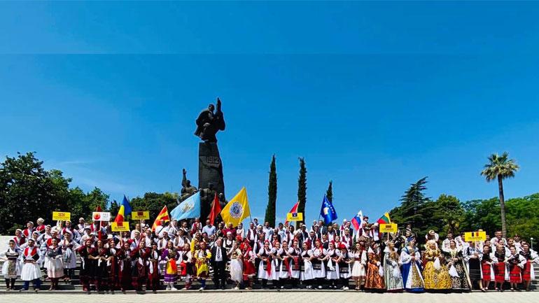 """Paraqitje e suksesshme e AKV """"Gjilani"""" në """"Aulona Inter Folk Festival"""" të Vlorës"""