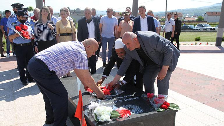 """Përkujtohet dëshmori Rashit Mustafa – """"Komandant Karadaku"""""""