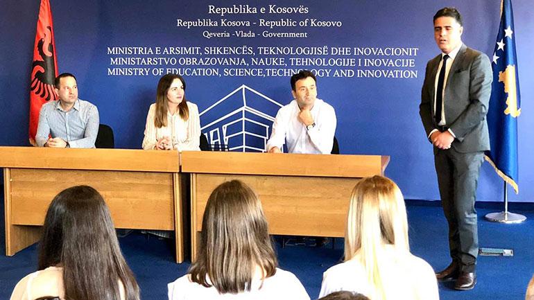 Shpërblehet me mirënjohje Komuna e Gjilanit për suksesin e nxënësve në garat e shkencave natyrore