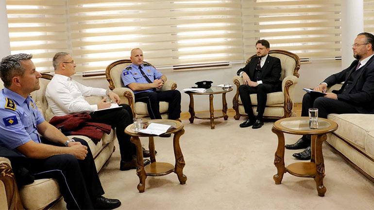Ligjërata e të premtes nëpër xhami do t'i kushtohet sensibilizimit dhe vetëdijesimit qytetarë për sigurinë në trafik