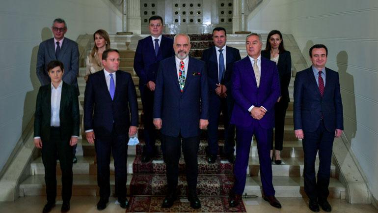 Kurti: Kosova nuk mund të angazhohet në iniciativa që janë përshtatur t'ia mohojnë shtetësinë, do të angazhohemi vetëm si të barabartë