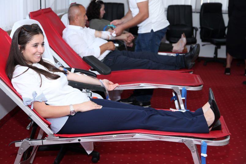 Në Ministri të Mbrojtjes dhe FSK filloi dhurimi vullnetar i gjakut