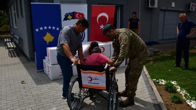 Komuna e Kamenicës pranon donacion nga KFOR-i turk