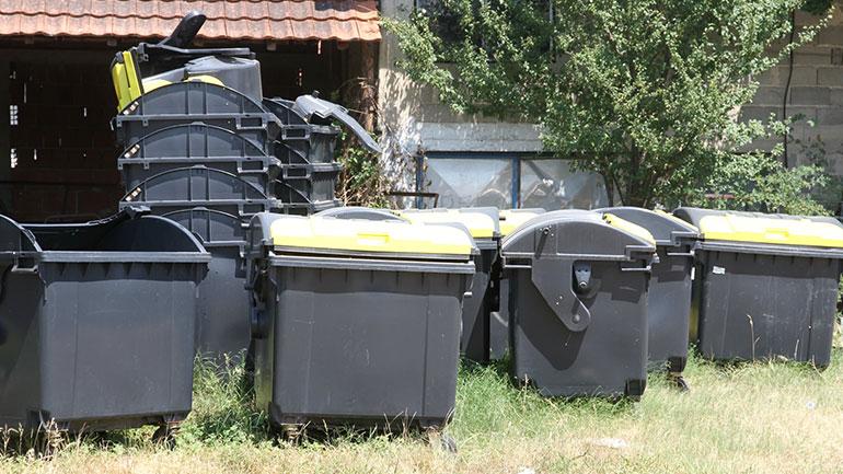 Komuna e Vitisë përfiton 3007 kontejnerë për menaxhimin e mbeturinave