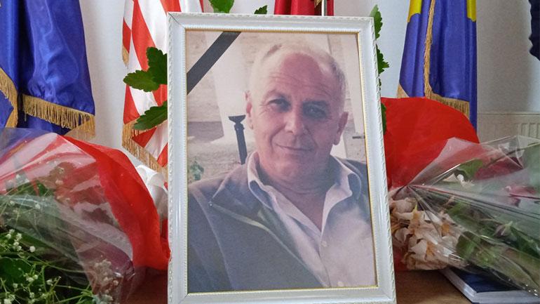 Komuna e Vitisë mbajti mbledhje komemorative për Drejtorin Nexhmedin Jakupi