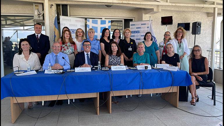 """Në Gjilan organizohet tryeza """"Gratë, Paqja dhe Siguria"""", me pjesëmarrje të ministres së Jashtme të Suedisë e të ndihmës sekretares së OKB'së"""