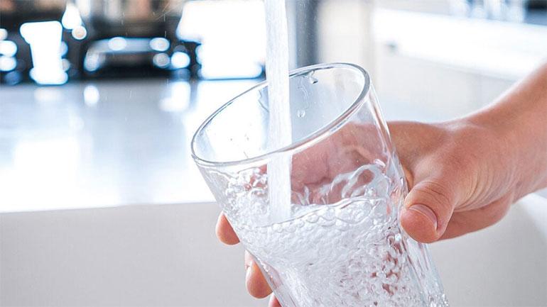 IKShPK: Si mund të mbrohemi nga sëmundjet që barten me ujë të ndotur?!