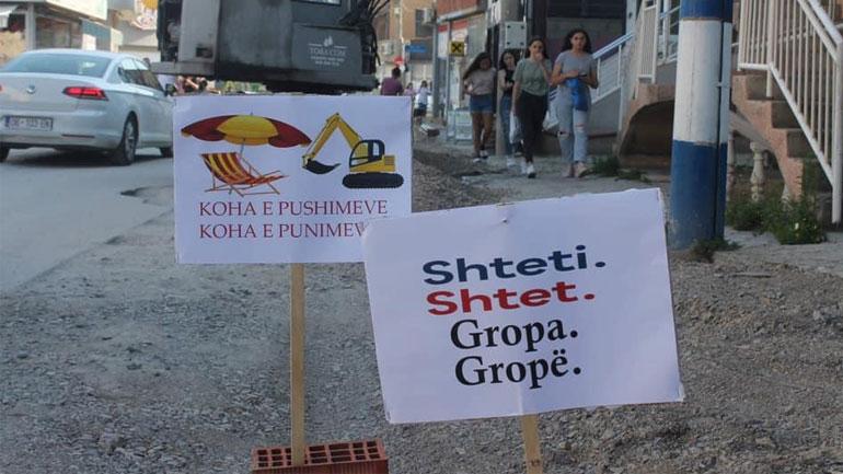 Vetëvendosje me aksion: Shteti – Shtet, Gropa – Gropë!