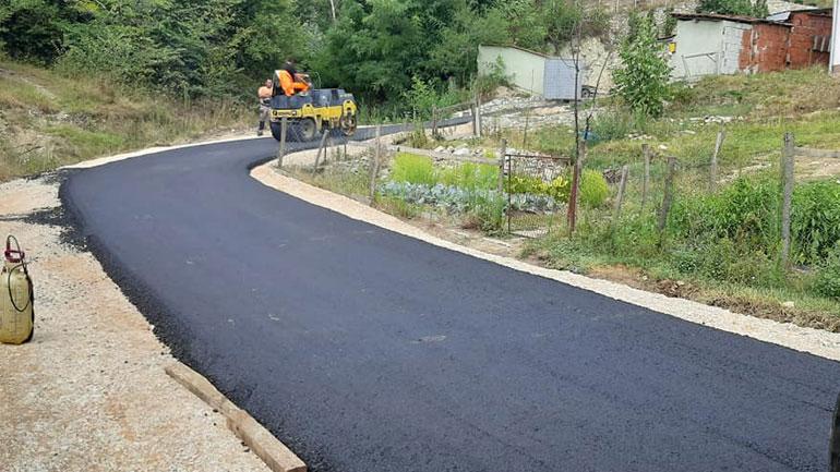 Komuna e Bujanocit promovon asfaltim të rrugëve (foto)