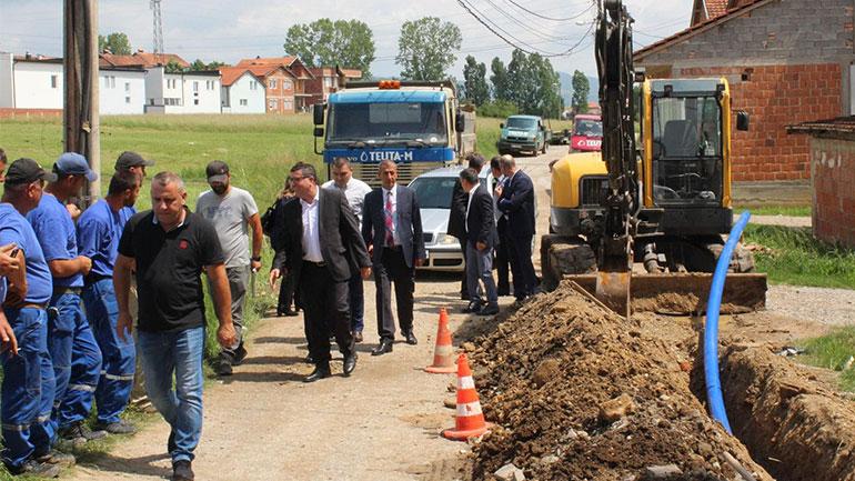 Haziri: Në tetor funksionalizohet ujësjellësi në Bresalc, Ponesh, Zhegoc, Muhaxherët e Livoqit, Lladovë, Vrapçiq e Verbicë të Kmetocit