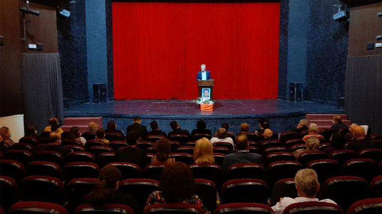 Gjilani mban mbledhje komemorative kushtuar jetës dhe veprës së Dr. Ramush Osmani