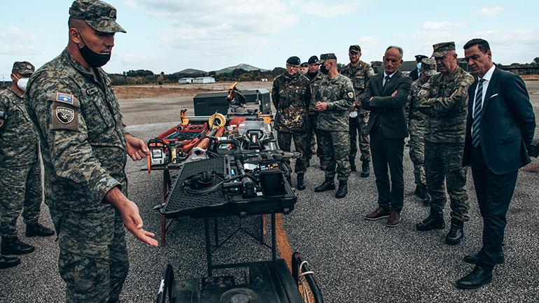 """Ushtrimi Fushor """"Silver Sabre 2021"""" dëshmi e fuqishme e bashkëveprimit të suksesshëm të KFOR-it me institucionet e sigurisë së vendit"""